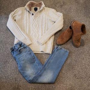 GAP Boys Oarmeal Cable Knit Sweater size 12 Euc👌